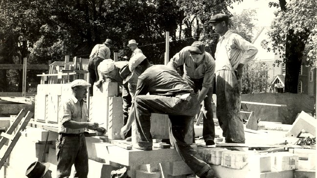Fountain of the Pioneers Construction